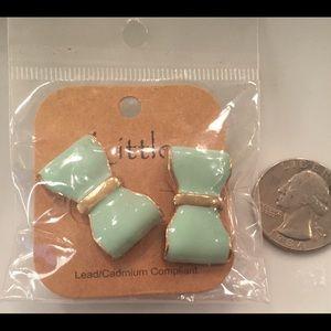Mint Green Bow Earrings